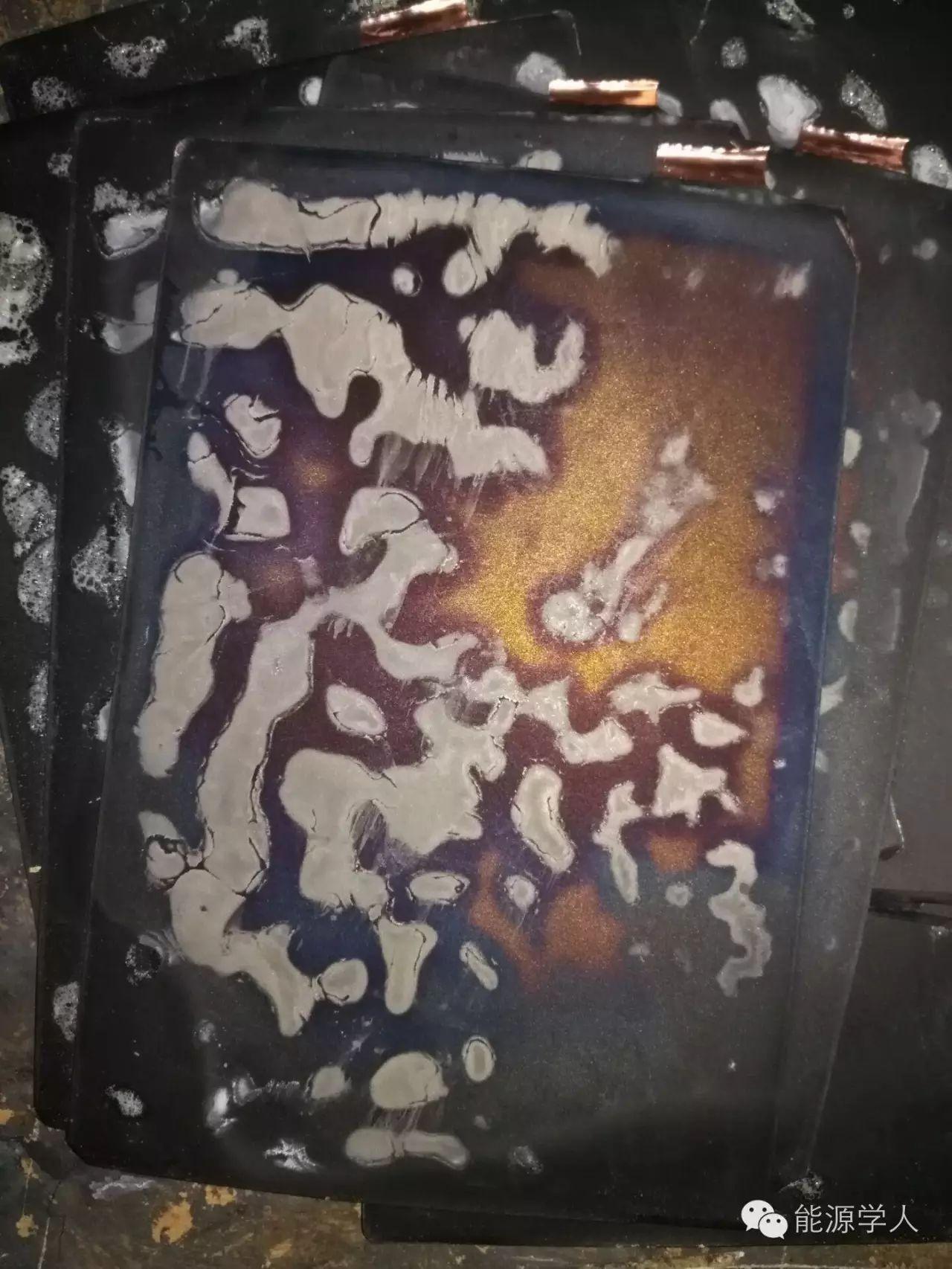 卷绕式锂电负极表面锂盐沉积问题简析