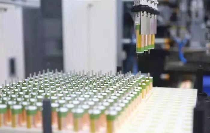 资讯!比克解国林:电池企业在夹缝中求生存