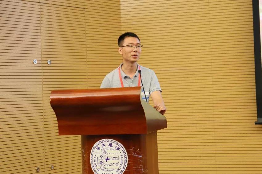 第一届纳米技术与微型储能器件科学与技术研讨会胜利召开